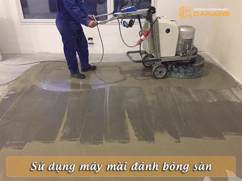 su-dung-may-mai-danh-bong-san-vesinhcongnghiepdanang