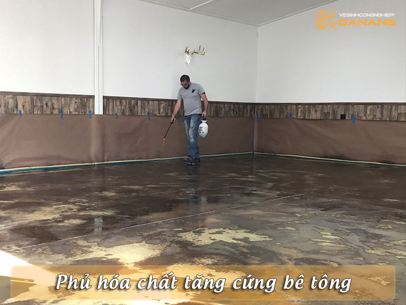 phu-hoa-chat-tang-cung-be-tong-vesinhcongnghiepdanang