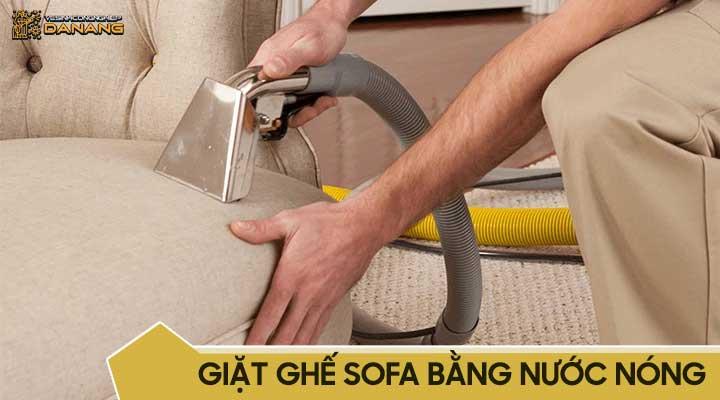 Giặt ghế sofa bằng nước nóng